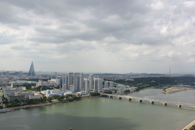 Laika_ac_Pyongyang_(7975203722).jpg