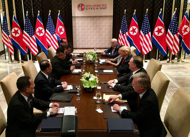 800px-United_States_North_Korea_Bilateral_meeting_with_respective_delegations.jpg