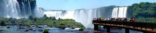 Iguazu_Décembre_2007_-_Panorama_7.jpg